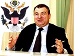 Выдаст ли Западу Анатолий Сердюков наши военные секреты?