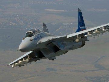Названы возможности нового российского легкого истребителя