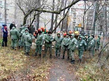 Жители Кунцева выступают против точечной застройки двора группой компаний «ПИК»
