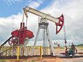 Нефтяники временно перебрались на Сахалин