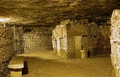Визит в «царство смерти»: что скрывают парижские катакомбы