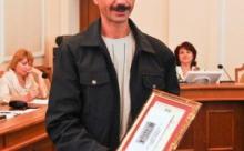 Евгений Спорин прыгнул с 25-метрового обрыва, чтобы спасти чужого ребенка